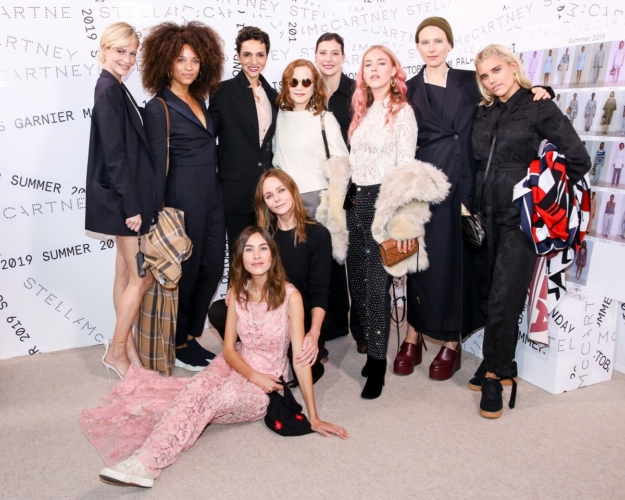 Stella McCartney donna primavera estate 2019: la forza della morbidezza