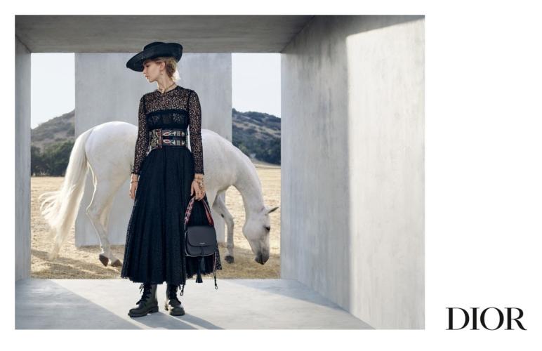 Dior Jennifer Lawrence campagna Cruise 2019: l'ispirazione equestre