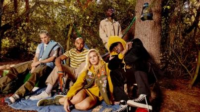 Guess Jeans USA autunno 2018: la nuova collezione in vero stile anni '90