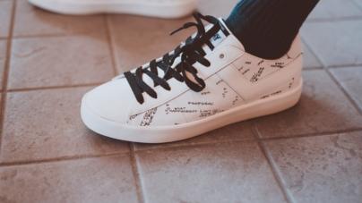 Pony Topstar sneakers 2018: la Micro Hologram per l'autunno inverno