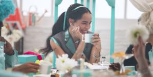 Tiffany & Co campagna Natale 2018: il video Believe in Dreams con Zoë Kravitz