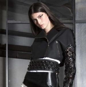 Trend primavera estate 2019 Manuel Facchini: suggestioni gotiche e spirito rock