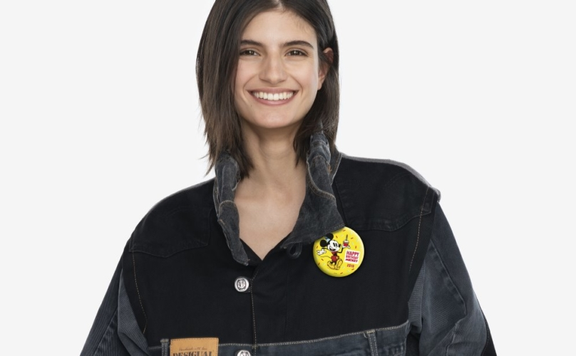 Topolino 90 anni giacca Desigual: la limited edition della Iconic Jacket