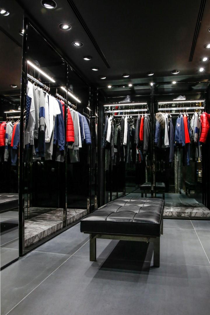 Billionaire Couture boutique Parigi