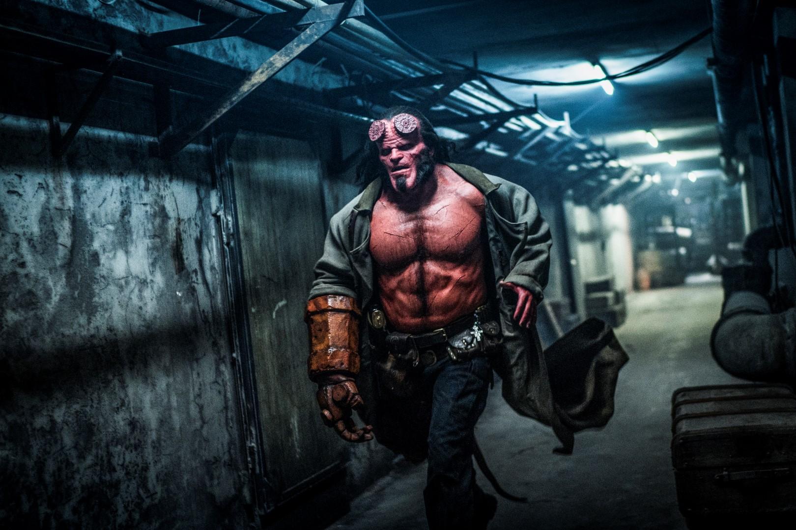 Hellboy 2019 trailer italiano