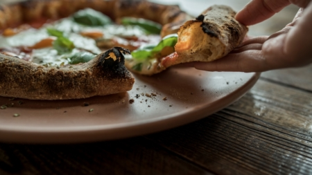 KnIndustrie piatti Pizza Gourmet: il pizza party con Davide Oldani