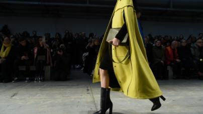 Trussardi borse inverno 2018: l'iconica Cacciatora