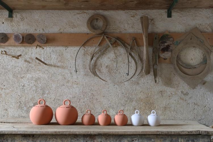 Domenico Orefice Man de Milan: la collezione di arredi che celebra l'artigianalità