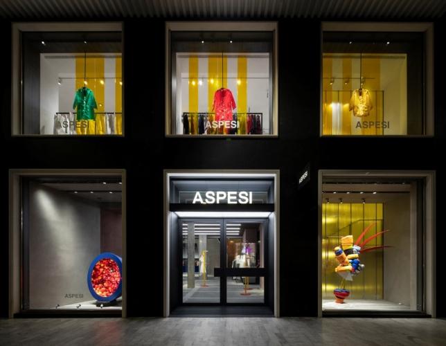 Aspesi nuova boutique Milano: il cocktail party d'inaugurazione del flagship store