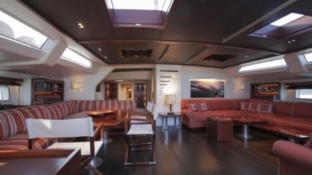 Baltic 130 My Song superyacht: gli interni firmati Dornbracht