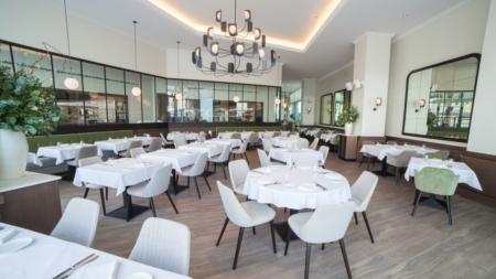Chez Charles ristorante Dubai: un caldo richiamo alle brasserie francesi