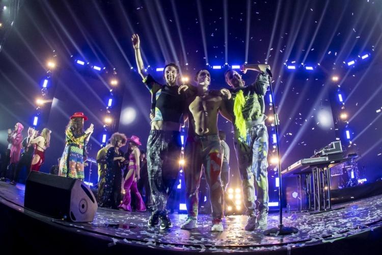 Cosmo concerto Forum Assago Milano 2019: il gran finale del Cosmotronic Tour, video e foto