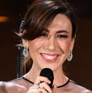 Festival Sanremo 2019 abiti finale: trionfa Mahmood, tutti i look della serata