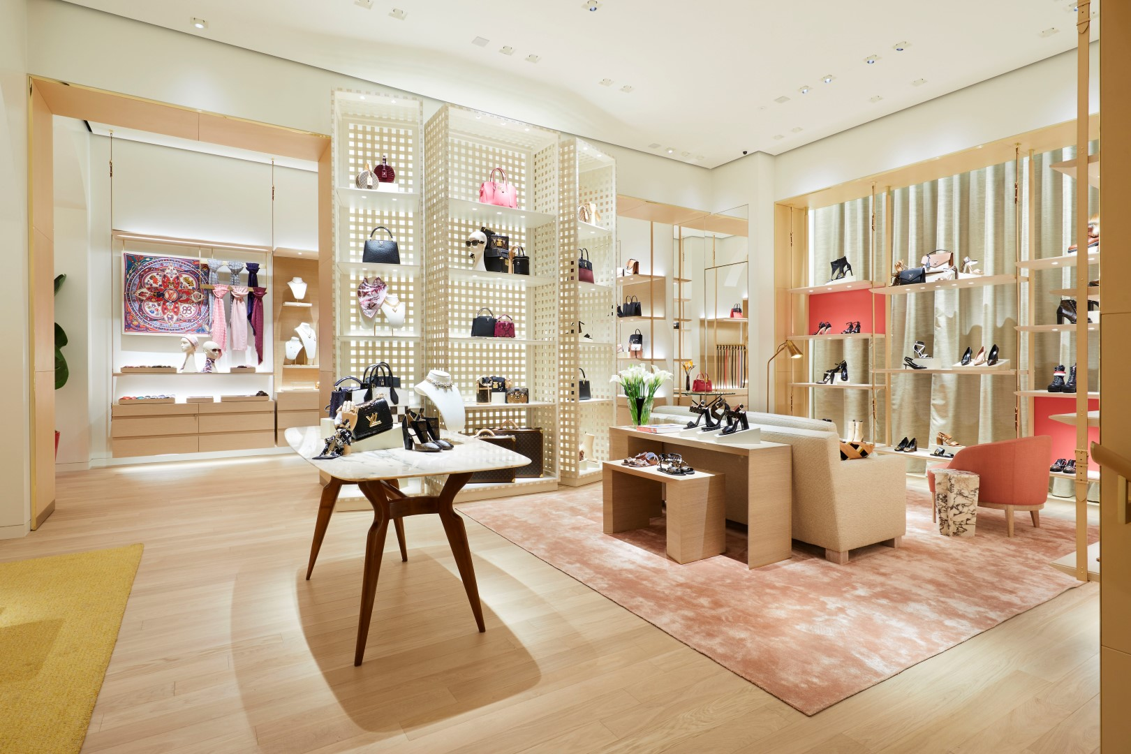Louis Vuitton boutique Bologna