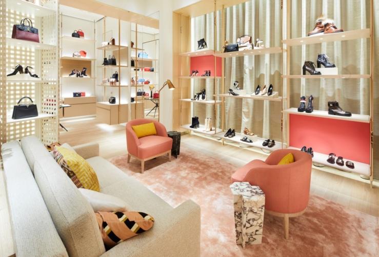Louis Vuitton boutique Bologna: svelato il restyling dello store in Galleria Cavour