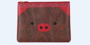 Etro Capodanno Cinese 2019: la capsule collection dedicata al maiale