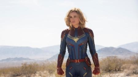 Captain Marvel film 2019: lo speciale costumi di scena, Brie Larson e il gatto Goose