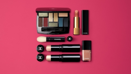Chanel make up primavera 2019: tocchi di luminosità e nuance asiatiche