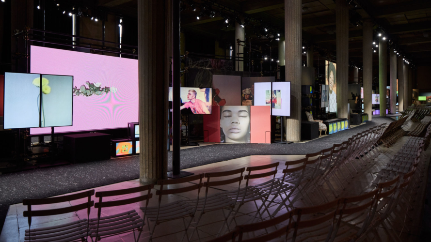 Miu Miu autunno inverno 2019: intrecci narrativi, la sfilata e l'after party
