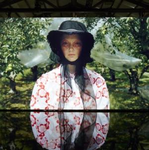 Moncler Simone Rocha primavera estate 2019: il mondo dei giardini