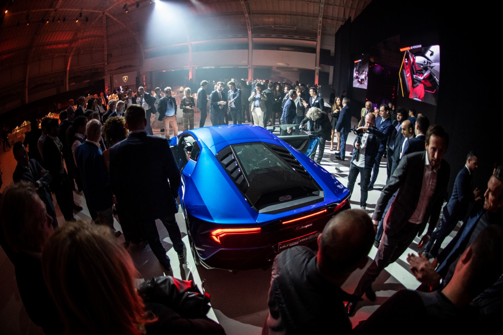 Nuova Lamborghini Huracán EVO 2019