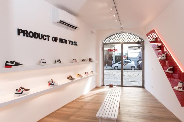 Pony negozio Milano via Ponte Vetero: il debutto del primo flagship store