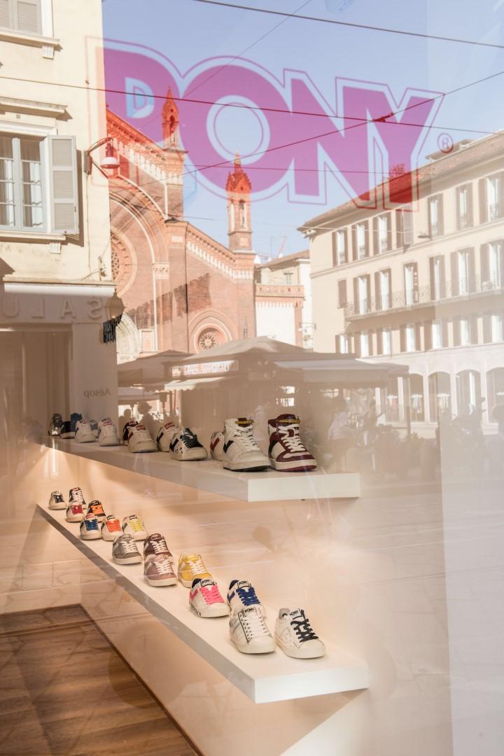 Pony negozio Milano via Ponte Vetero