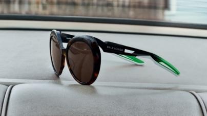 Balenciaga occhiali da sole 2019: i nuovi modelli Hybrid per l'estate