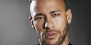 Diesel Neymar Jr profumo: il calciatore firma la nuova fragranza maschile