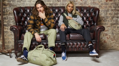 Eastpak Dickies capsule collection: il robusto twill e il design rinnovato