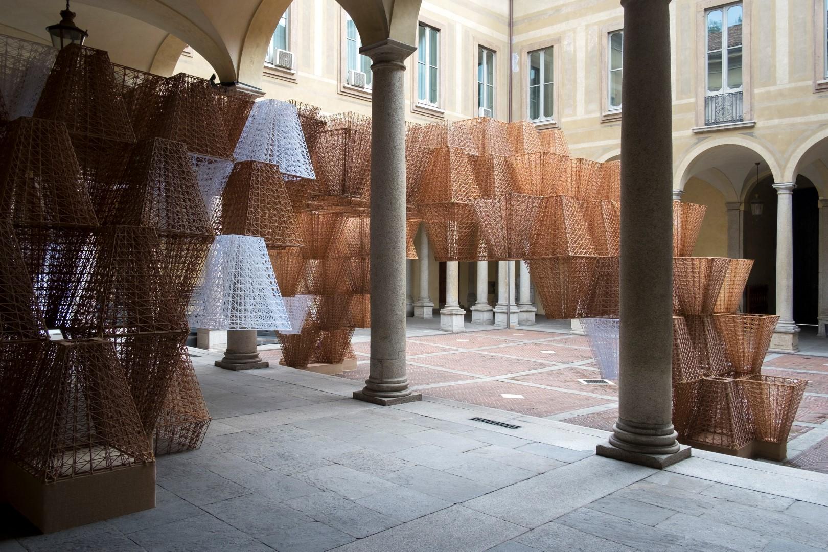 Milano design week 2019 cos conifera installazione for Designer a milano