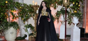 """Biennale Arte Venezia 2019 Dior: il """"Ballo Tiepolo"""" con Monica Bellucci e Sienna Miller"""
