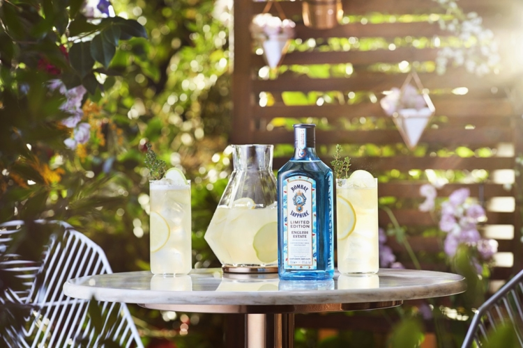 Bombay Sapphire English Estate: il gin in limited edition che celebra l'estate