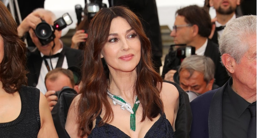 Cannes 2019 Les Plus belles annees d'une vie: il red carpet con Monica Bellucci