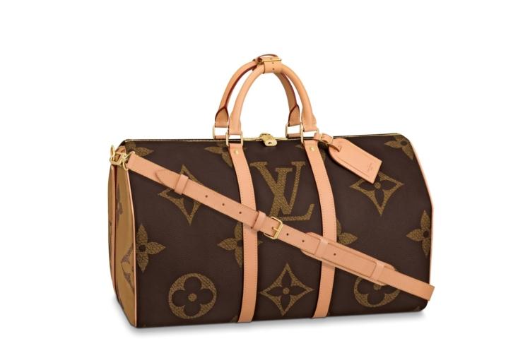 Louis Vuitton borse Monogram: Giant, la nuova versione extra-large del logo LV