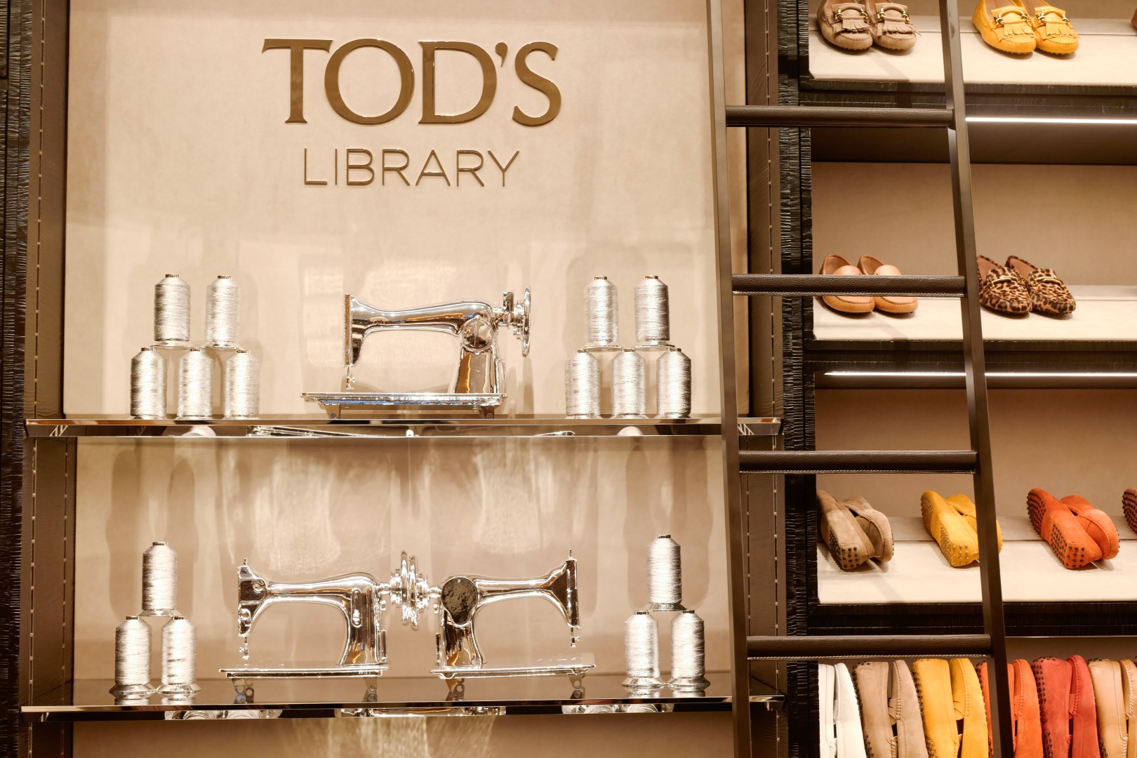 Tod's Library New York