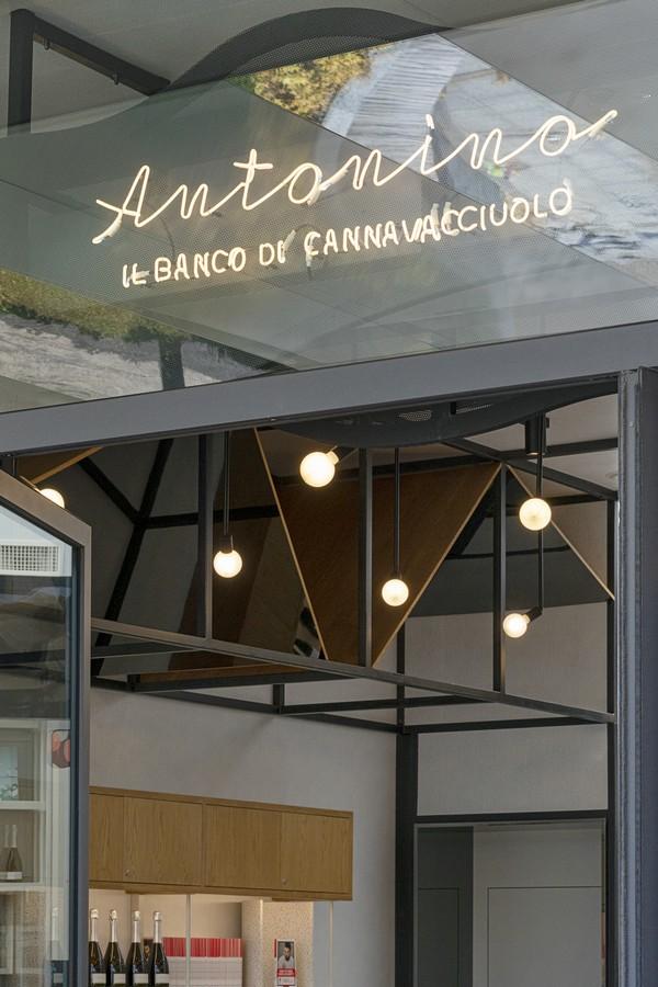 Antonino il banco di Cannavacciuolo