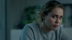 Black Mirror 5 Netflix: la nuova stagione con Miley Cyrus e Topher Grace