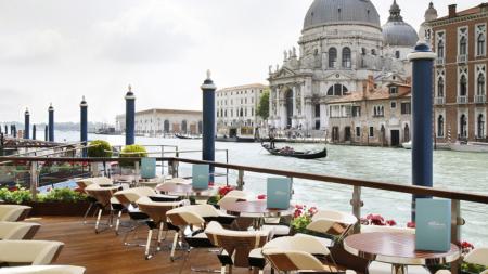 Riva Yacht Destinazioni 2019: lounges, privée e deck in location meravigliose