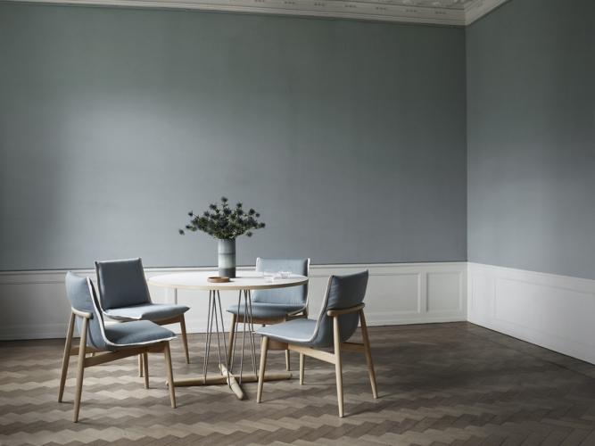Carl Hansen & Son Embrace: i nuovi di tavoli da pranzo e da salotto