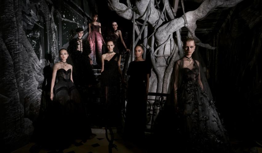 Dior Haute Couture autunno inverno 2019: il nero essenziale, la sfilata