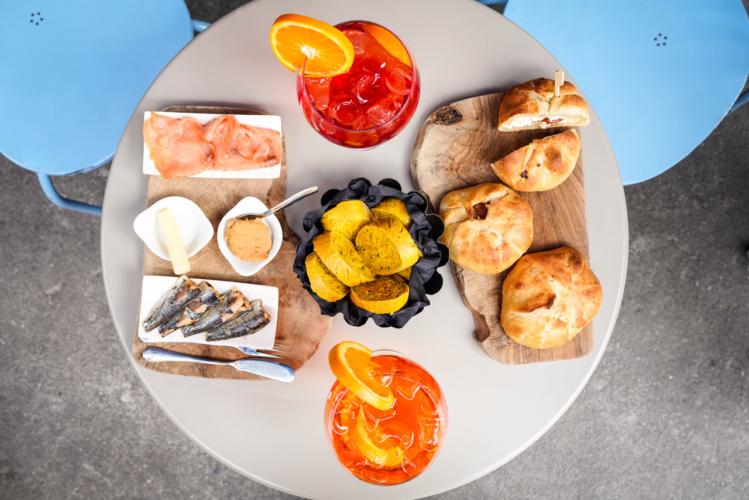 Egalite Milano aperitivo: le nuove specialità, tutte intorno al pane!