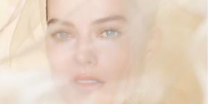 Gabrielle Chanel Essence Margot Robbie: il volto della nuova fragranza