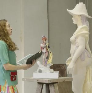 Gucci Artist in Residence: Britannia, l'opera di Rachel Feinstein a Chatsworth House