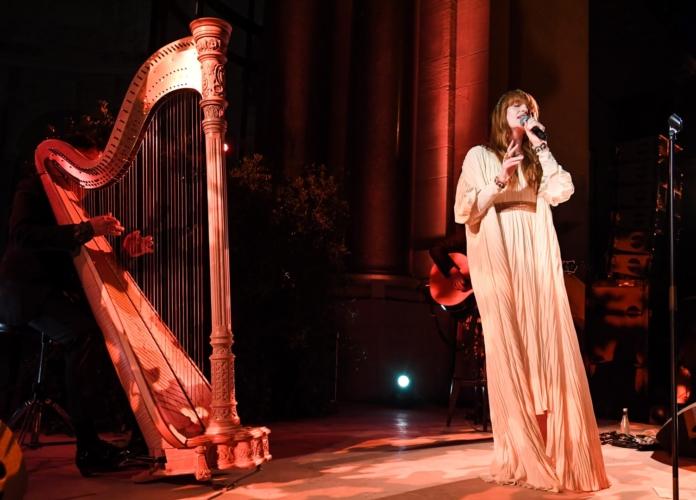 Gucci Parigi Place Vendome: la cena di gala con Florence Welch
