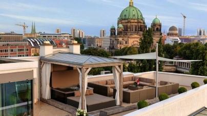 Vacanze Europa in loft di lusso: i più chic da Lisbona ad Atene, Parigi e Berlino