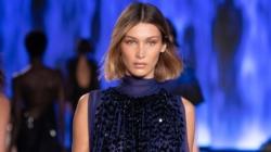 Alberta Ferretti primavera estate 2020: tutti i look della sfilata a Milano Moda Donna