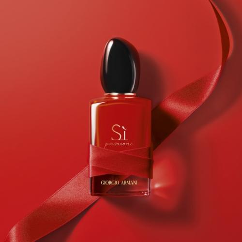 Armani Sì Passione Red Maestro: la nuova fragranza in edizione limitata