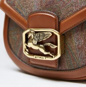 Etro borse autunno inverno 2019: la Pegaso Bag, modello iconico degli anni Ottanta