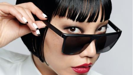 Karl Lagerfeld x L'Oreal Paris: svelata la capsule collection e la campagna, il video